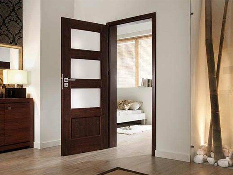 Установка межкомнатных дверей в Мозыре