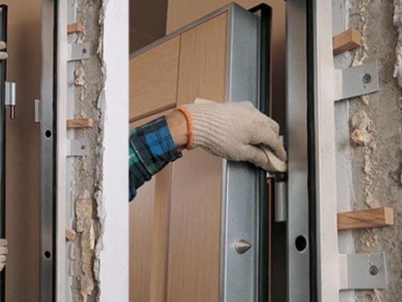 Установка входных дверей в Мозыре