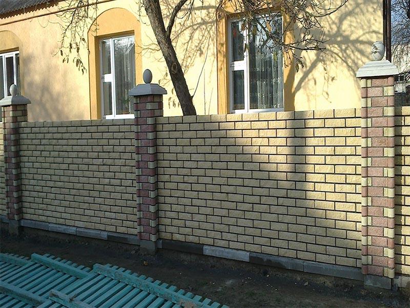 Kirpichny-zabor-v-Mozyre-06