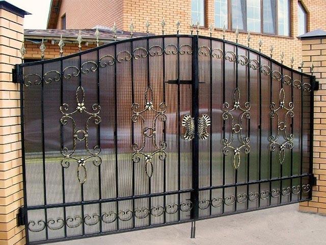 Кованые ворота в Мозыре