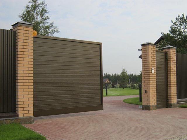 Откатные ворота с калиткой в Мозыре