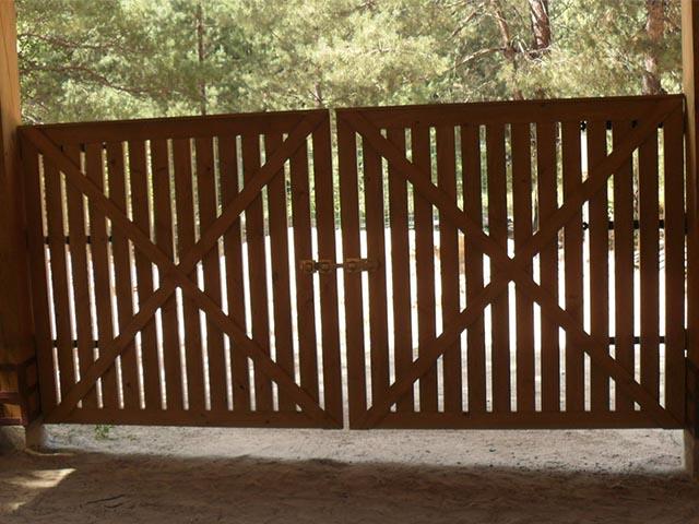 Ворота деревянные в Мозыре