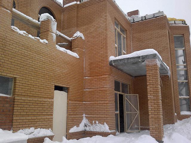 stroitelstvo-kirpichnykh-domov-v-Mozyre